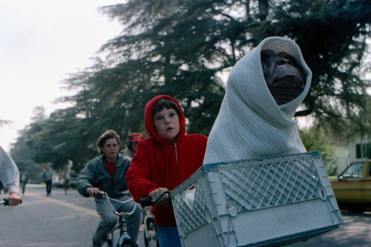 Henry Thomas stars in E.T. the Extra-Terrestrial.