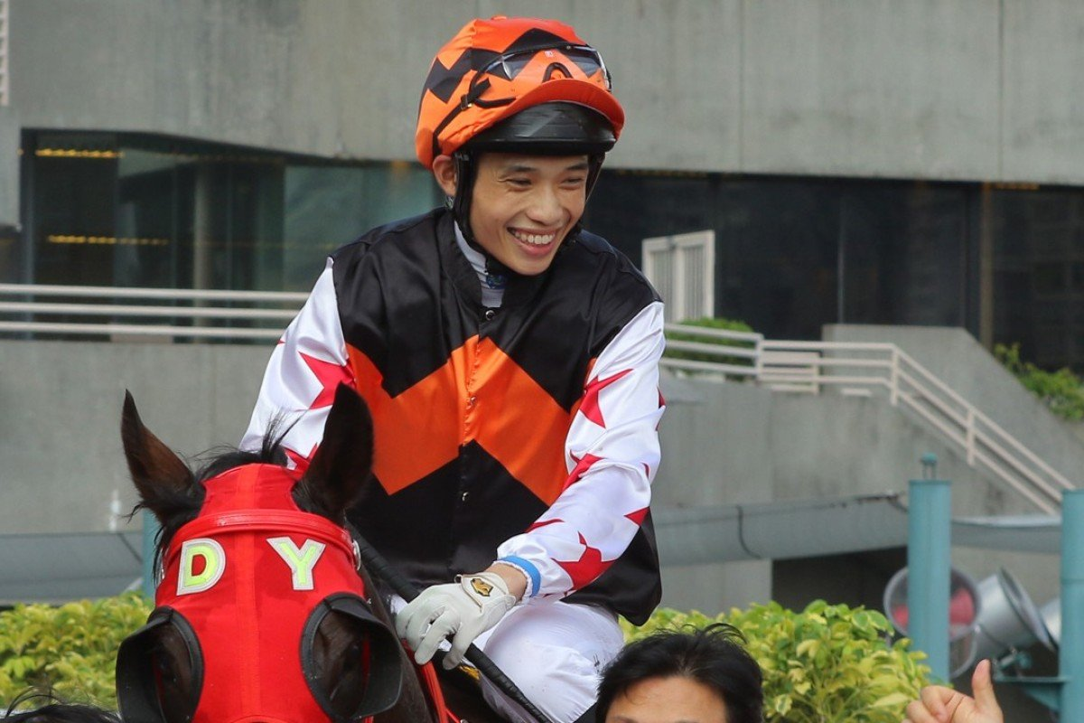 A jubilant Jack Wong after saluting with Winning Controller. Photos: Kenneth Chan