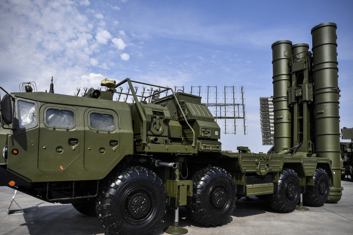 The Russian S-400 anti-aircraft missile launching system bought by India. Photo: AFP
