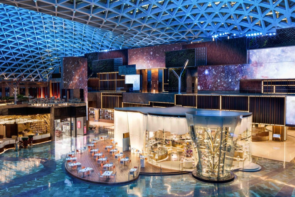 Janice Wong MGM is located in the atrium of the MGM Cotai.