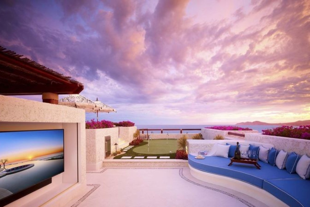 Developers are increasingly inviting high-net-worth individuals to have short stays at luxury resort developments, such as Las Ventanas al Paraíso in Los Cabos, Mexico, to encourage them to buy a second home as an investment. Photo: Snell Real Estate