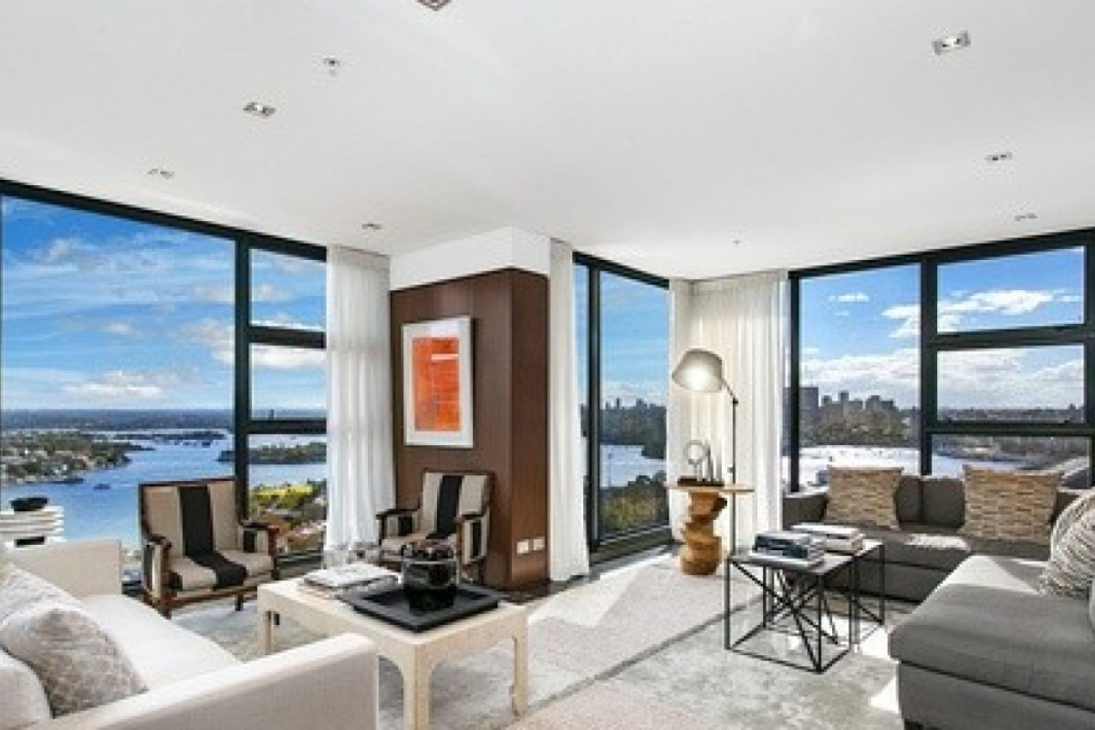 The living room of the Sydney penthouse flat, which Zhang Zetian, wife of the JD.com founder Richard Liu, has sold for US$16 million. Photo: Douban.com