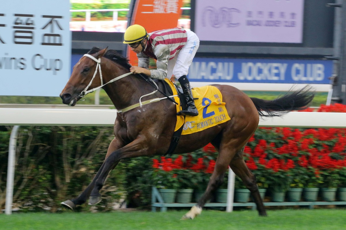 Romantic Touch wins last year's Macau Hong Kong Trophy. Photos: Kenneth Chan