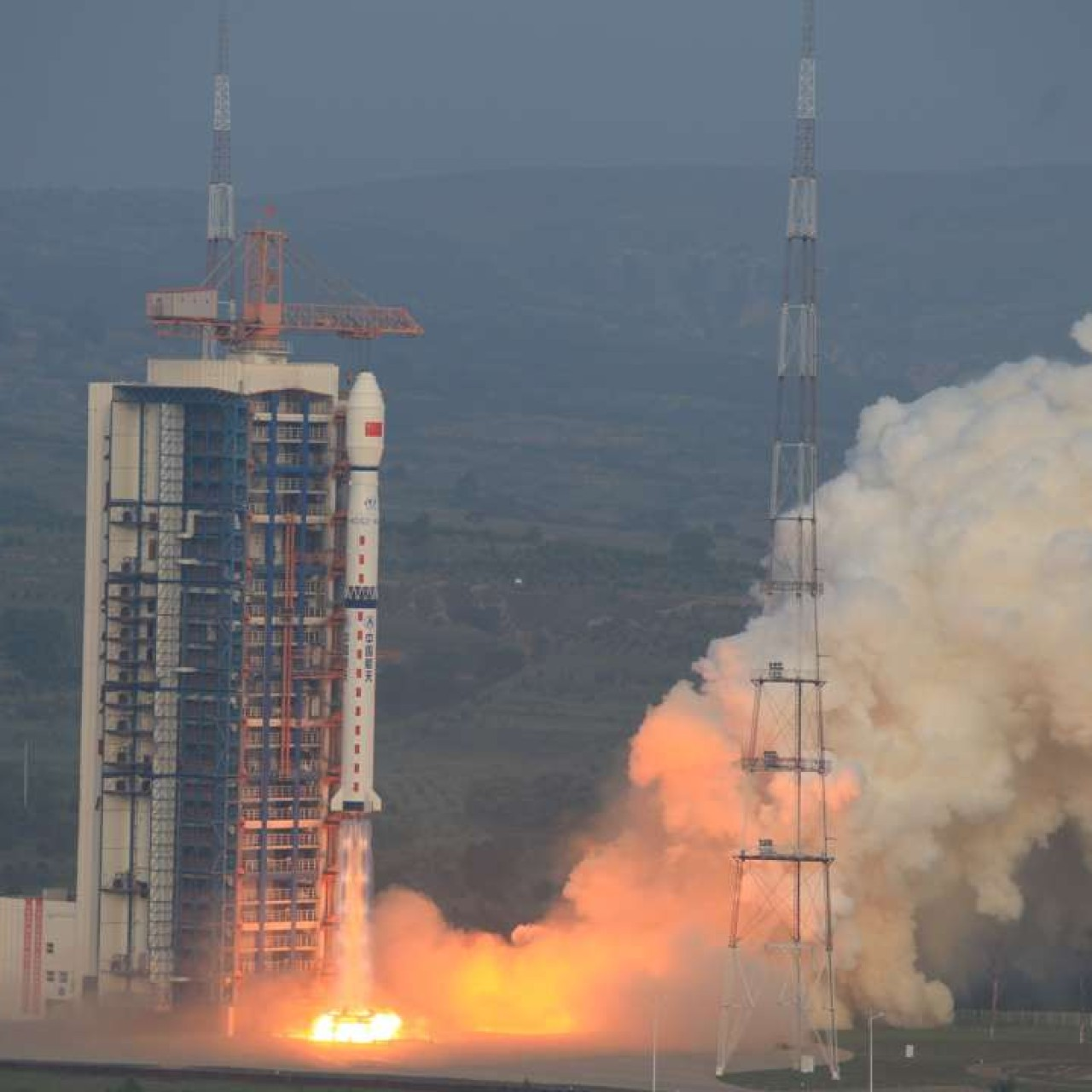 China launches high-resolution imaging satellite to service