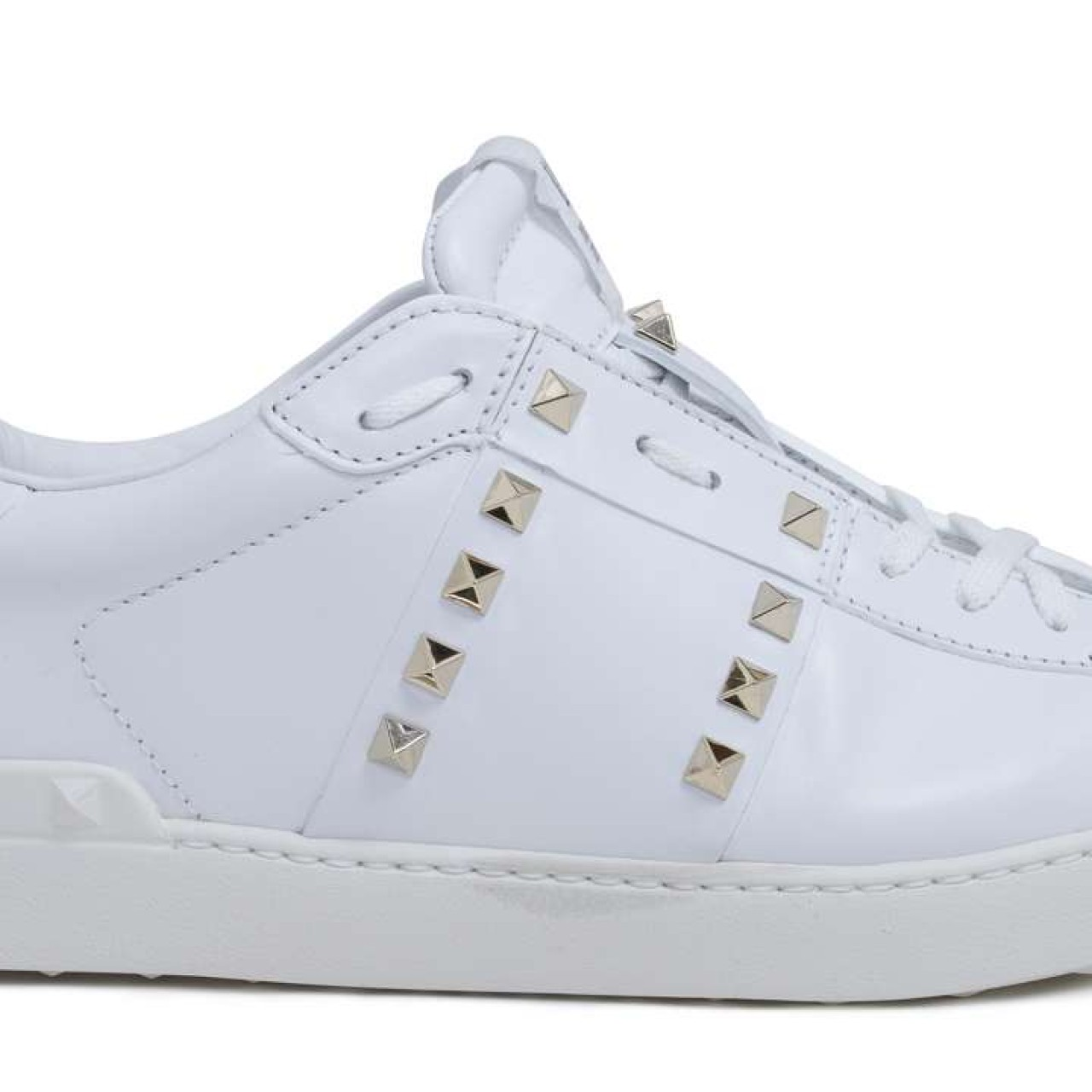 316bbf9a5327d How to keep your white sneakers spotless in Hong Kong, and whether ...