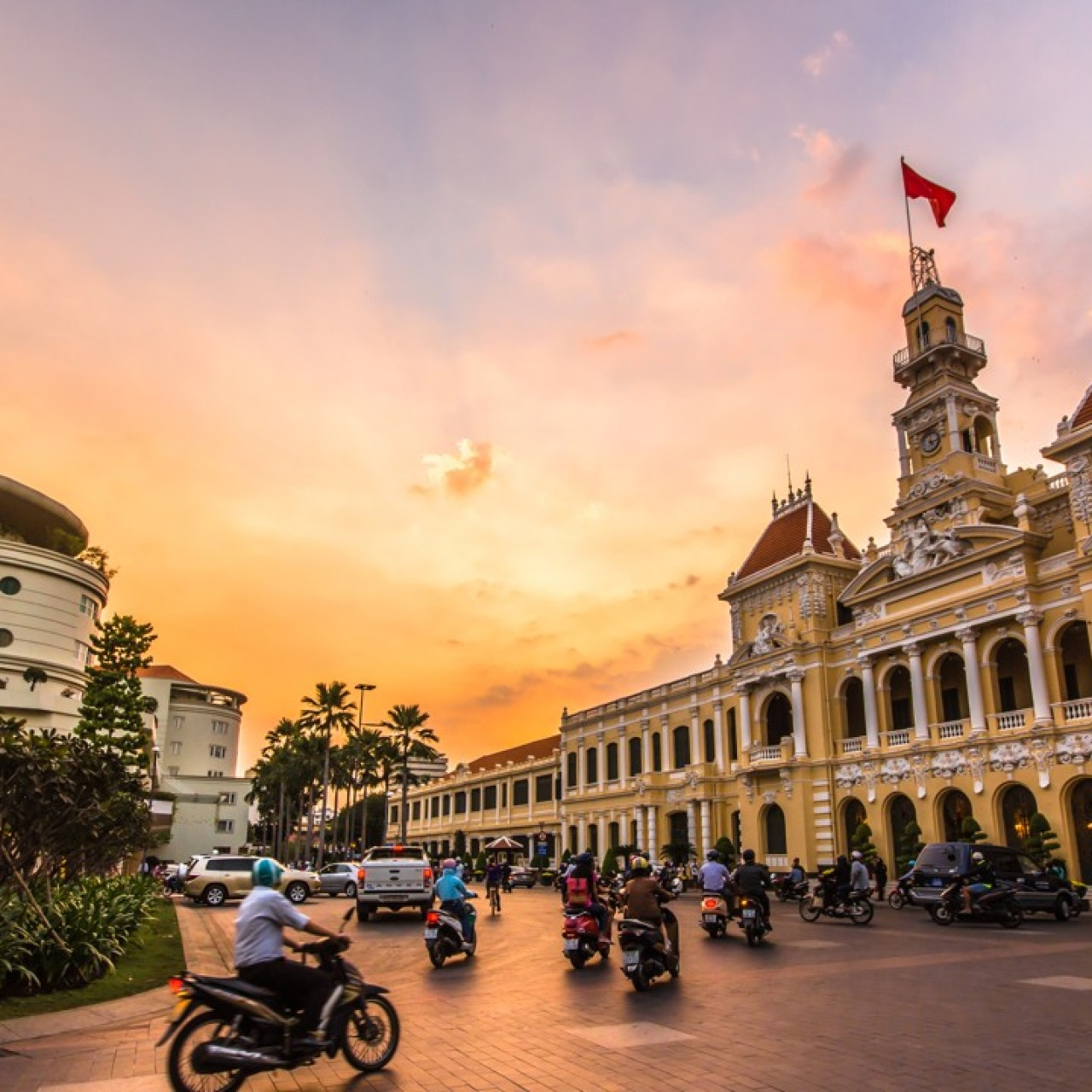 Vietnam wants Chinese tourists, but only those willing to