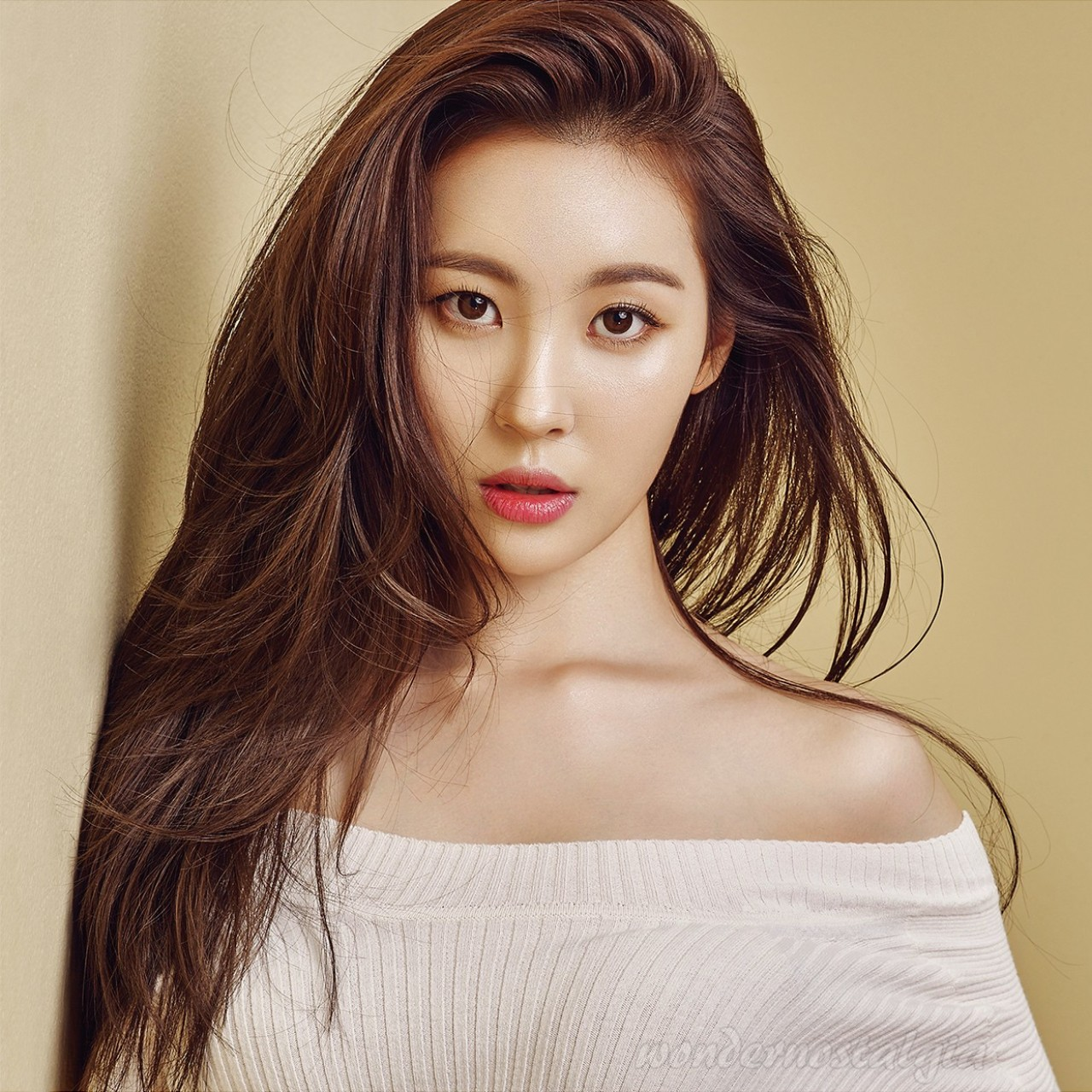 K-pop star Sunmi issues 'WARNING' over her Asia and North